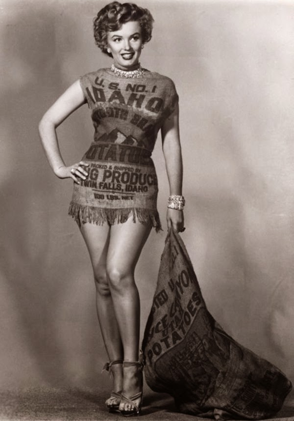 Marilyn and the Potato Sack Dress, c (4)